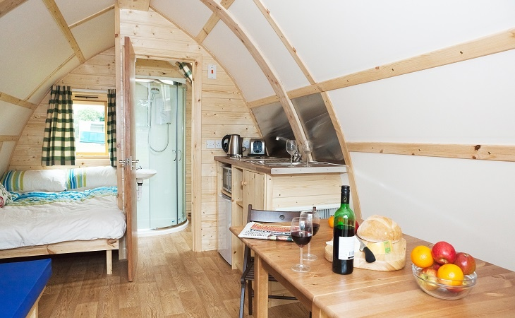 Wigwam-Deluxe-Interior-End-Facing